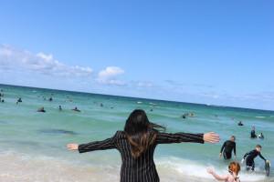 蓝蓝的天,清澈的海水,心情很好